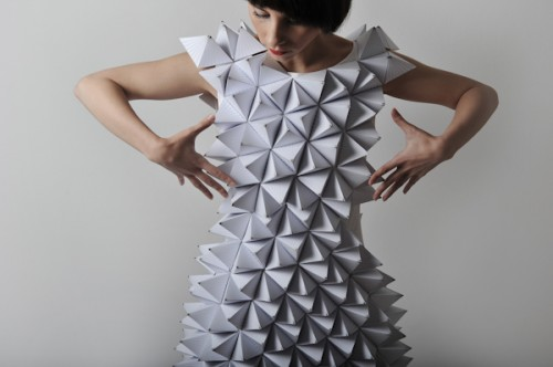Dress of white pyramids