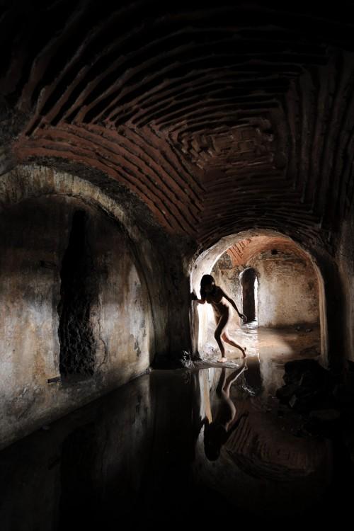 Istanbul Cistern - Miru Kim