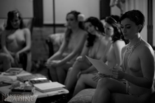 Gathering - Naked Girls Reading
