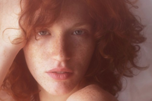 Portrait - Emilie Pommelet by Vivienne Mok