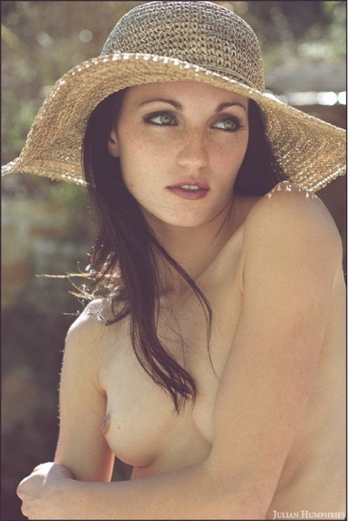 Jessa Peters nude in a hat