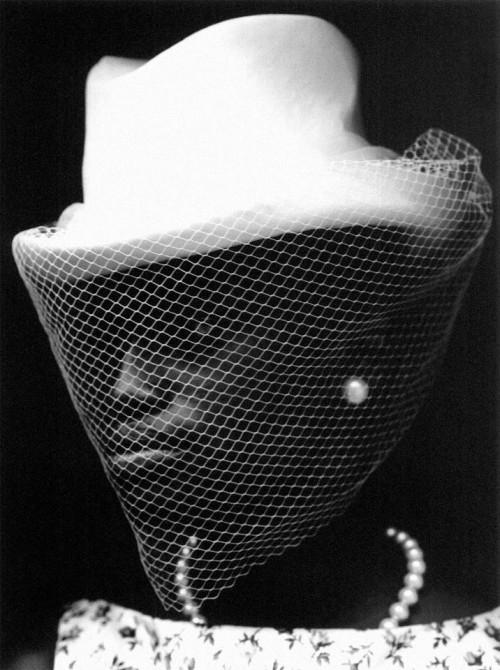 ART-OPOLOGY: Inside Hat