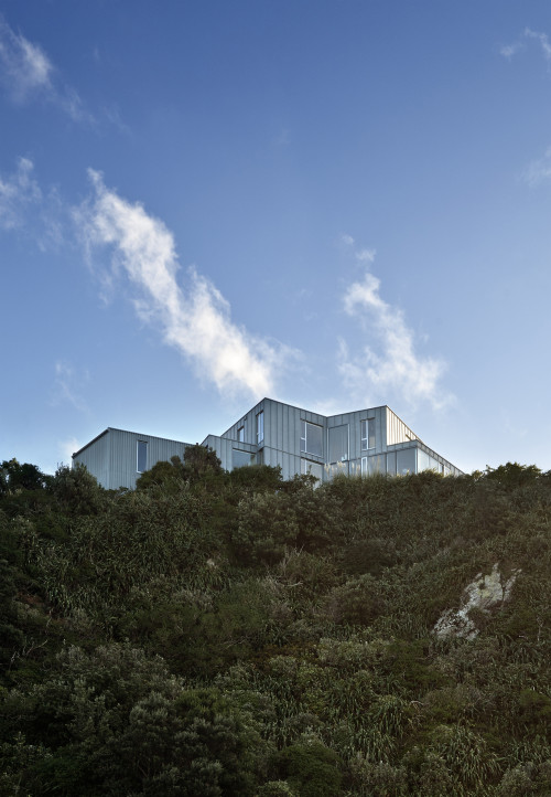 Cook Strait House / Tennent + Brown Architects | ArchDaily