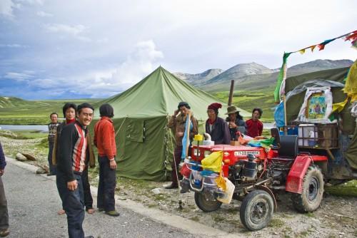 Pilgrims near Litang in Tibet