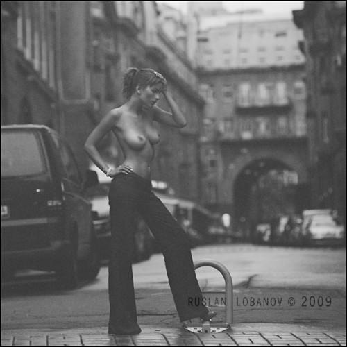 City nude - Klodi Monsoon