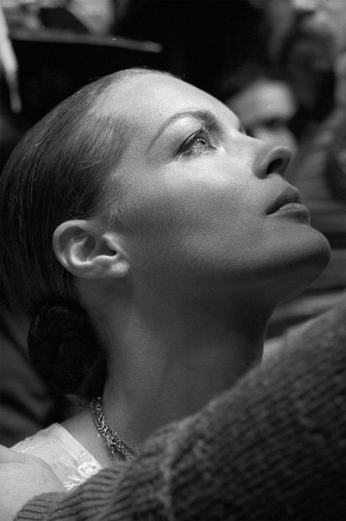 romy schneider portrait looking up